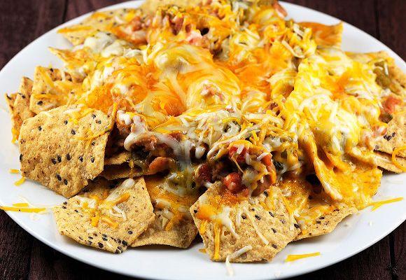 Evas Eats: Microwave Munchies - Ultimate Nachos
