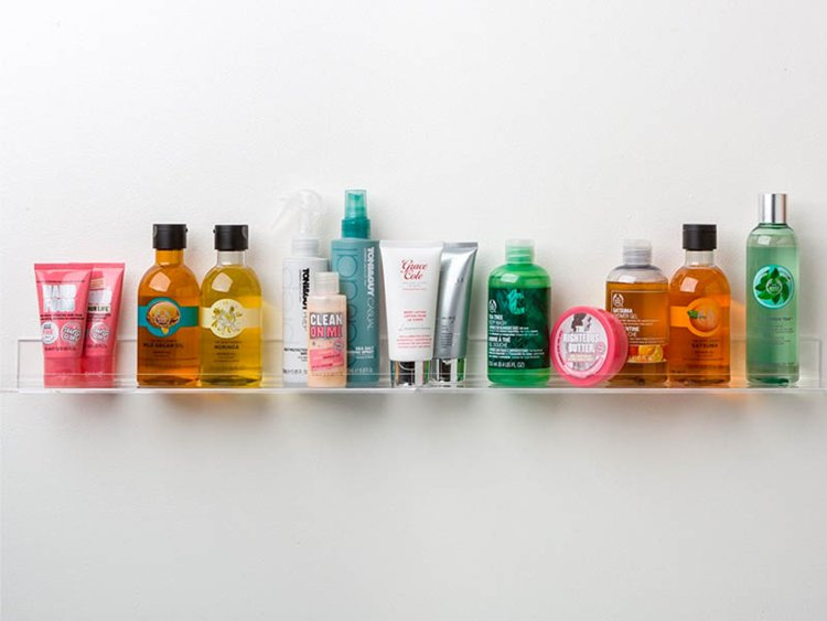 Beauty Booth - Summer Favorites